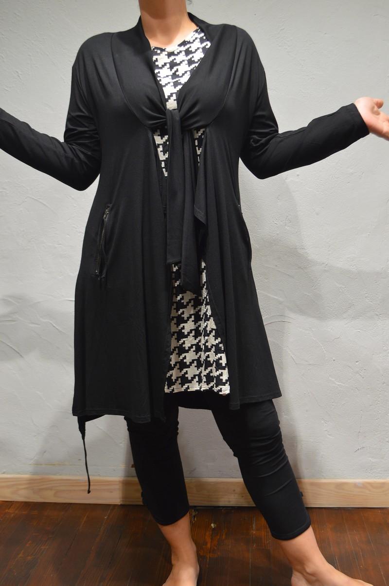 gilet tr s long en jersey de couleur noir pour femme de la. Black Bedroom Furniture Sets. Home Design Ideas