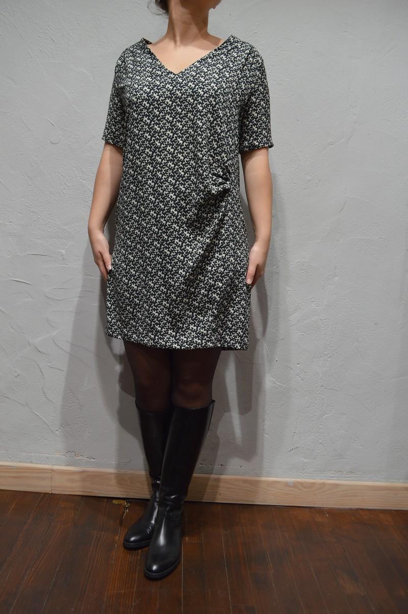robe noire et blanche ikks c0010195 ikks women bi30415 mode et boutique de. Black Bedroom Furniture Sets. Home Design Ideas
